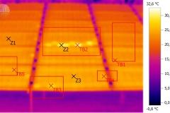poškozený fotovoltaický panel